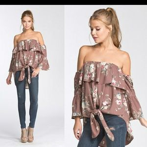 🌟HP!🌟Last One! Off the Shoulder Top